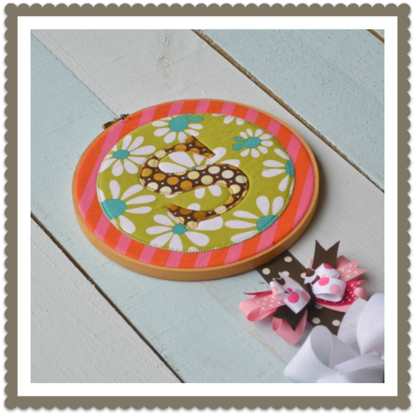 Appliqué Bow Holder