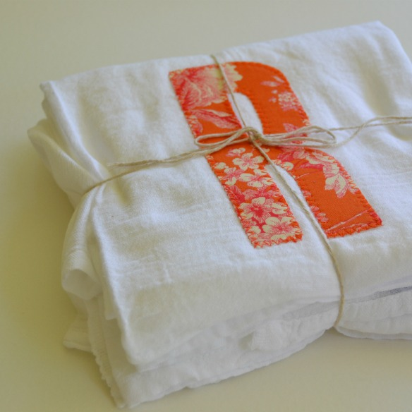 applique dish towel