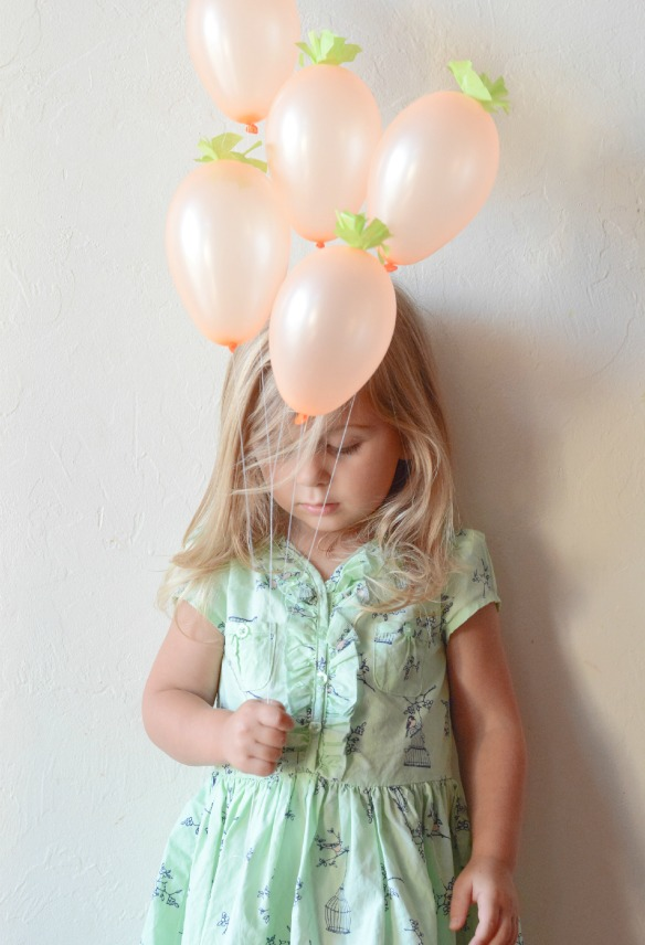 mini carrot balloons