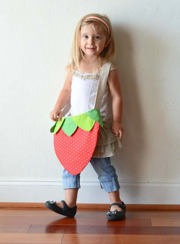 free strawberry bag pattern